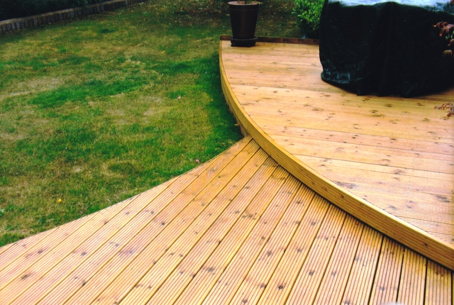 Healey Paving Decking in Uxbridge